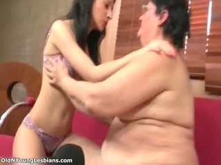 fat mature lesbo acquires her soaked old