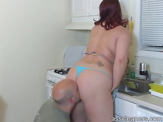 spouse licks her wife`s big bulky ass as his wife